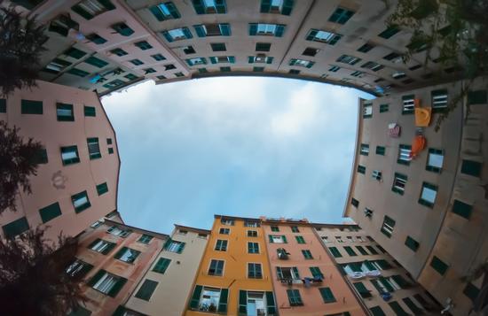 Tour fotografico a Genova: la città diventa ricordo