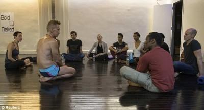 Bold-Naked-Yoga3