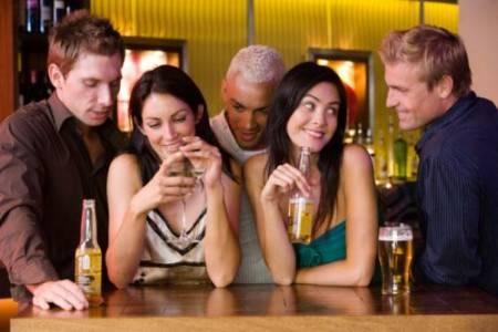 alcol-giovani-rapporti-non-protetti