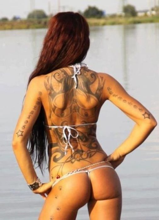 tattooed_girls_01
