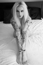 tattooed_girls_17