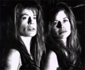 celebrity-twins-linda-hamilton