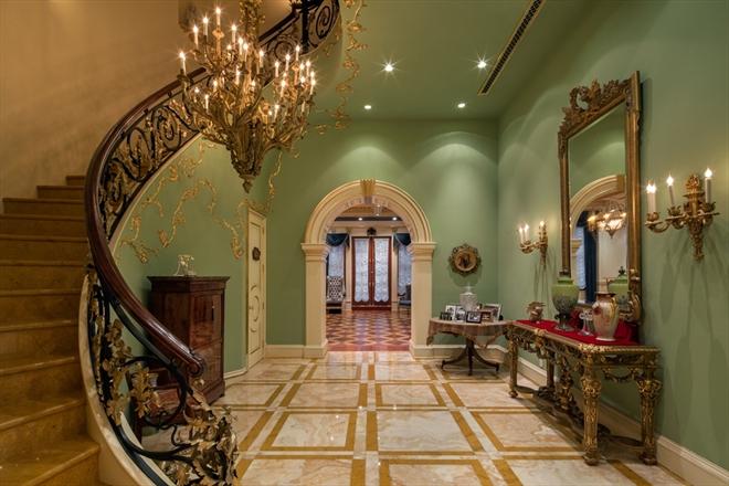 Newyork palazzo nell 39 upper east side valutato per 114 for Piani quadrati a chiocciola