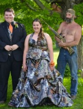 456x600xprom_photos_in_true_redneck_style_640_01.jpg.pagespeed.ic.OfQaLF_QQU