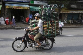 670x446xHans-Kemp-Bikes-of-Burden13__700.jpg.pagespeed.ic.QsjsP22lZ-