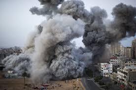 BOMBARDAMENTI IN PALESTINA