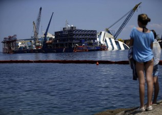 Isola del Giglio, continuano i lavori per la rimozione della Costa Concordia