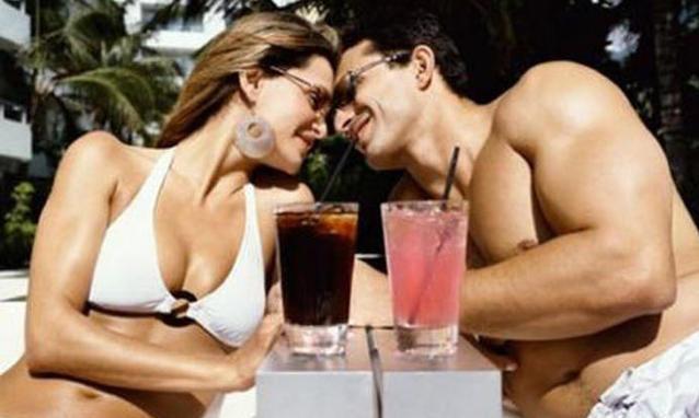 coppia-in-vacanza_h_partb