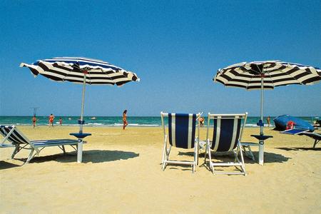 Le buone maniere in spiaggia: ecco il decalogo