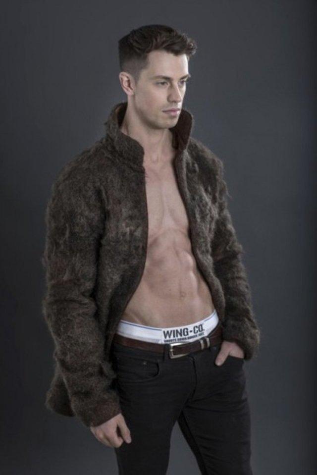 Interessa una pelliccia di peli di petto di uomo?