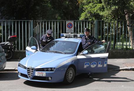 Anziana trovata morta in casa a Milano, ipotesi omicidio