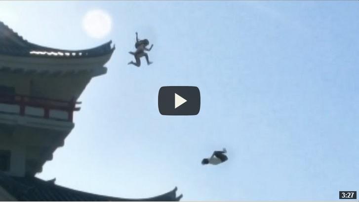 Una scuola giapponese: le ragazze sono dei ninja