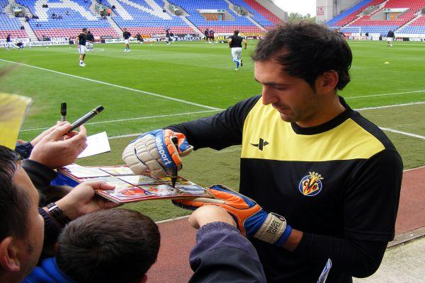 Il portiere Diego Lopez dal Real Madrid al Milan