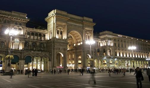 Milano con illuminazione moderna, sarà a led