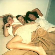 Roberto Benigni a letto con Moana Pozzi