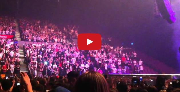 Kanye West ordina a un ragazzo di ballare senza accorgersi che è in carrozzella, figura tremenda