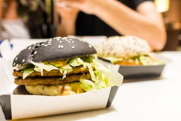 black-and-white-burger