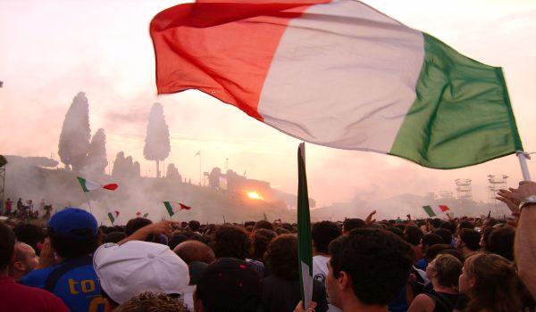 Italia-Azerbaijan o Ascoli-Pisa, quale vedere in diretta