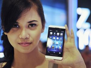 smartphone-carica-300x225