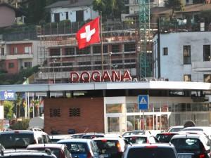 Annuncio truffa: lavoro in Svizzera per 5 mila euro al mese