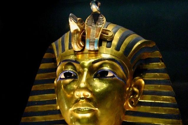 Ricostruito il vero volto del faraone Tutankhamon