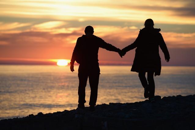 10-cose-folli-che-accadono-quando-ci-innamoriamo-638x425