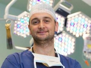 Il cardiochirurgo più giovane di Londra è italiano: in Italia nessuna chance