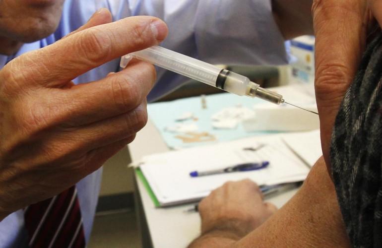 Vaccino-antinfluenzale-salgono-a-12-i-decessi-sospetti