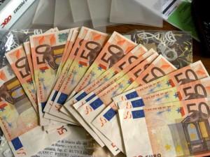 banconote-stipendi-34-300x225
