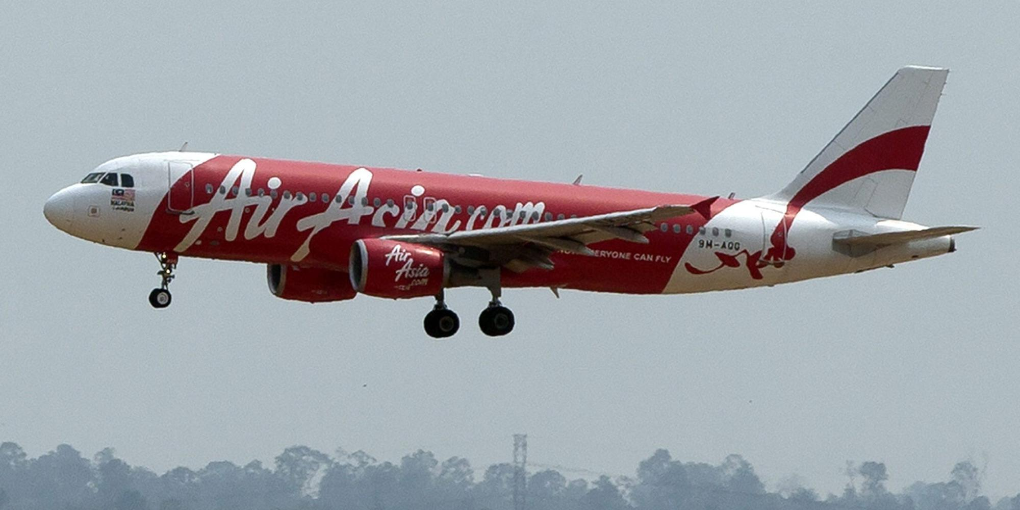 Air Asia confirms Singapore-bound airplane missing