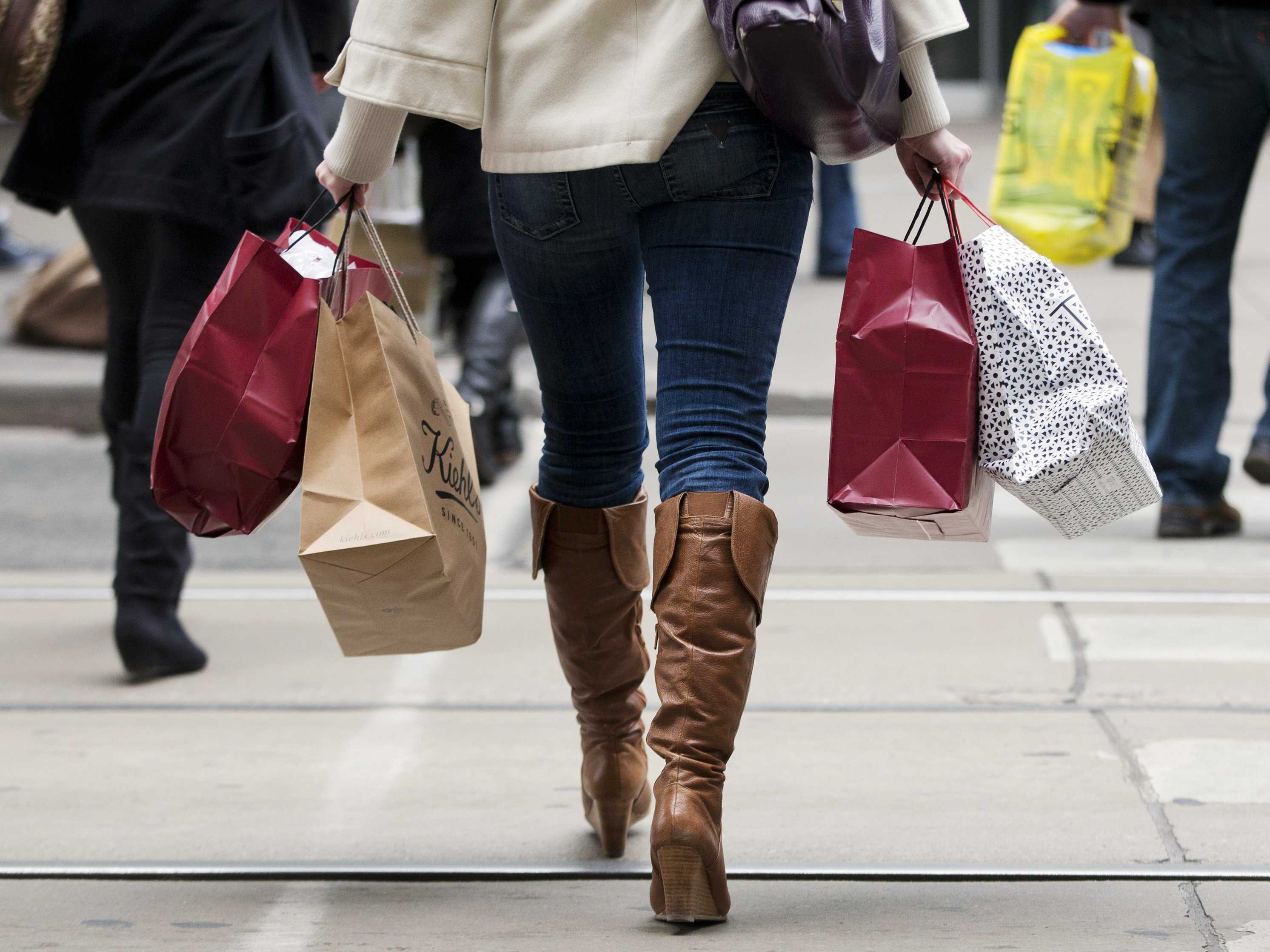 5-holiday-shopping-tips-to-stay-on-budget