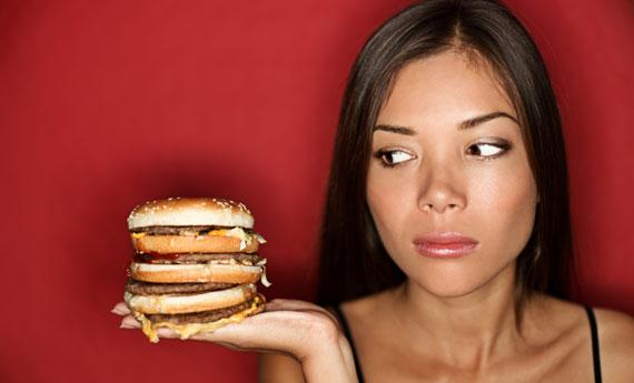 Sei a dieta? Evita questi 10 alimenti