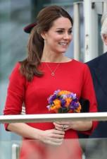 Pregnant-Kate-Middleton-Norwich-Nov-2014-Photos