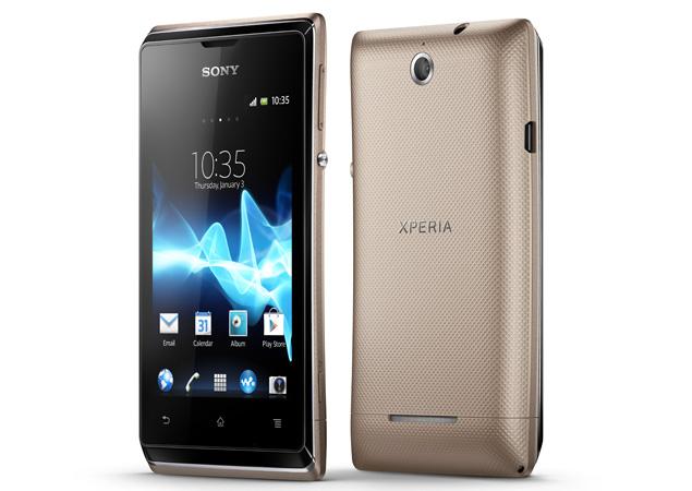 caratteristiche smartphone Sony Xperia e4 dual