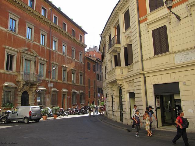 come arrivare piazza del nazareno Roma