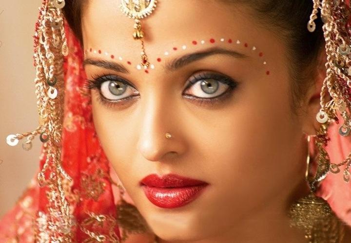Qual è la tradizione abito da sposa per indiane