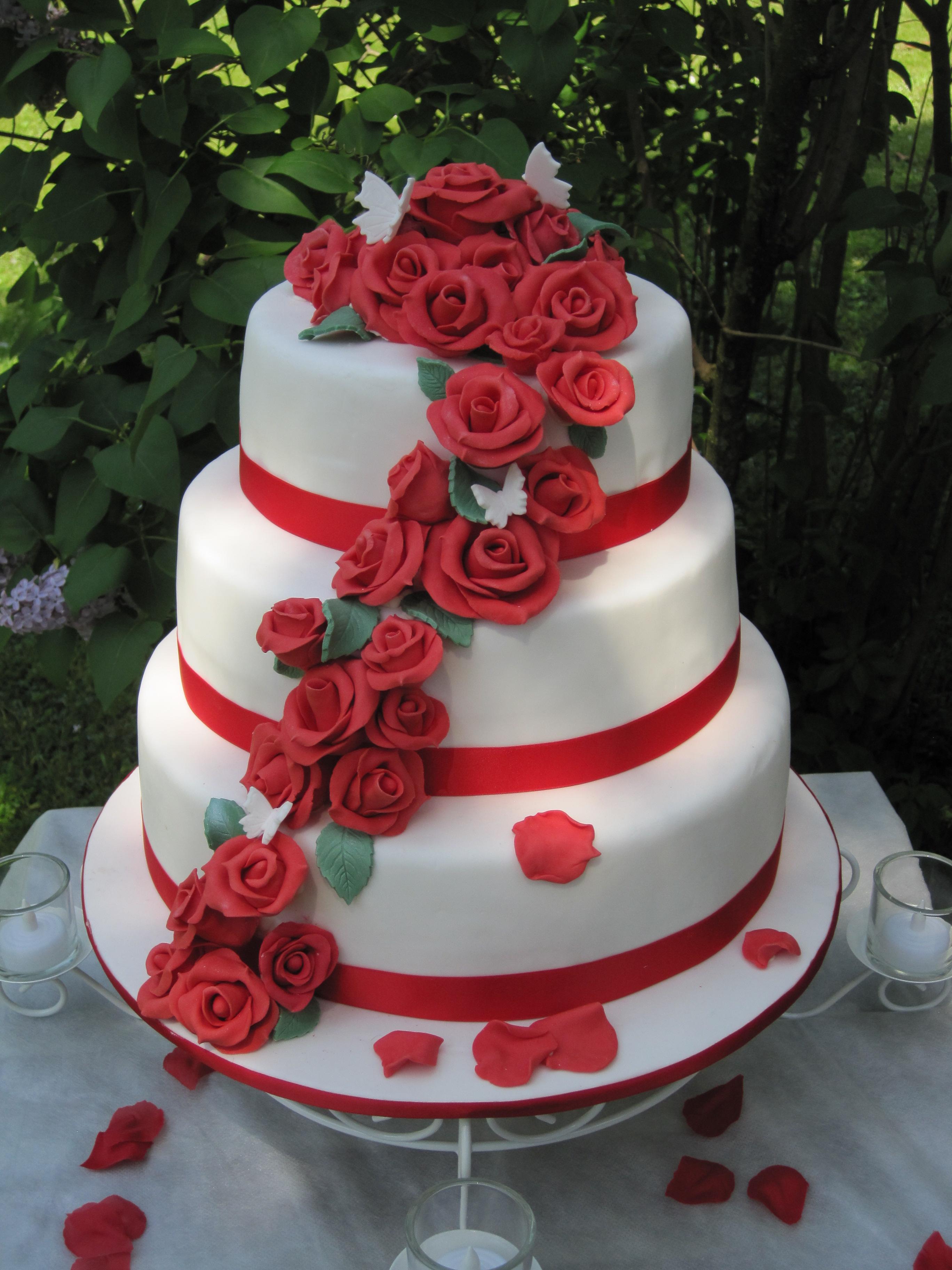 Come conservare avanzi torta sposi matrimonio?