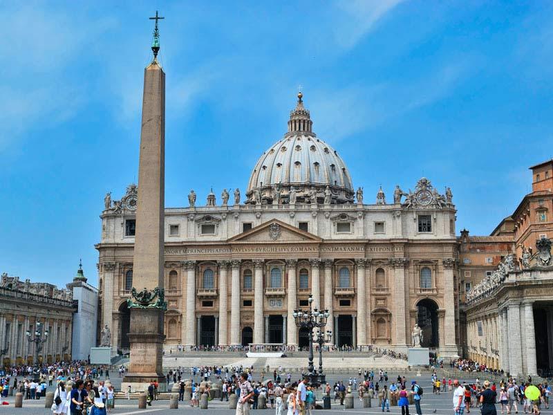 Roma---Basilica-di-San-Pietro