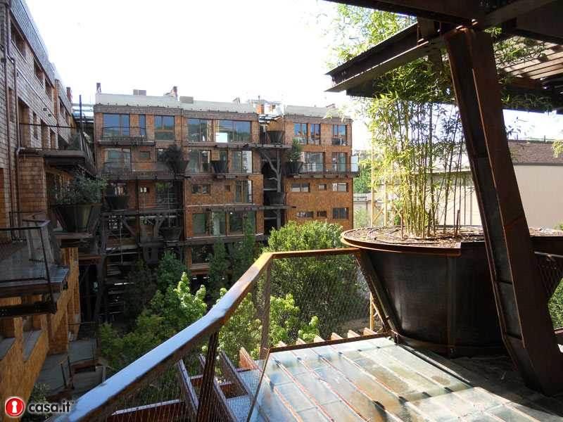 Zowll2s casa foresta nel centro di torino foto for Casa design torino
