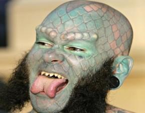 tatuaggi-viso-assurdi8