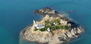 Francia, un'intera isola come bed and breakfast