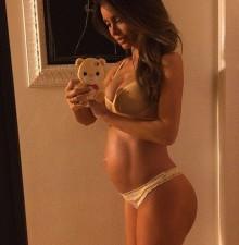 Pregnant-Sarah-Stage
