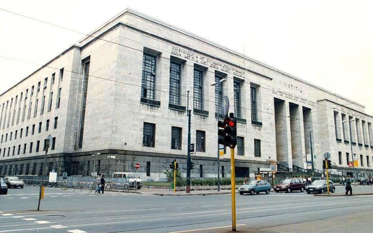 """Strage al Tribunale di Milano, Renzi: """"Falle nel sistema di sicurezza"""""""