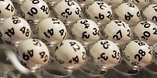 estrazioni lotto superenalotto 10 e lotto 4 aprile 2015