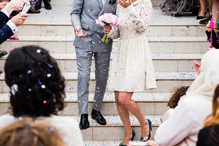 Auguri Matrimonio Amici Intimi : Auguri originali coppia neo sposi