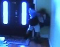 Pedofilo cerca di violentare una tredicenne (VIDEO)