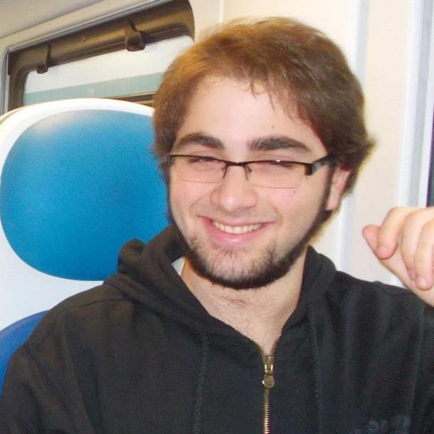 Domenico Maurantonio il giovane liceale padovano precipitato da un hotel, a Milano, durante un soggiorno in citt?? organizzato dalla scuola in occasione dell'Expo, Milano 10 maggio 2015  PROFILO FACEBOOK DI DOMENICO MAURANTONIO  +++ ATTENZIONE LA FOTO NON PUO'ESSERE PUBBLICATA O RIPRODOTTA SENZA L'AUTORIZZAZIONE DELLA FONTE DI ORIGINE CUI SI RINVIA +++