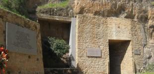 Come arrivare al Mausoleo Fosse Ardeatine Roma