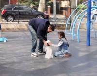 Esperimento sociale mostra quanto è facile rapire i bambini [VIDEO]