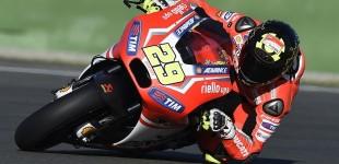 Mugello, Iannone  pole position MotoGp 2015